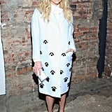 Kesha posed backstage at the Christian Siriano show.