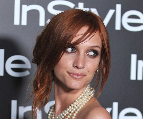 Picture's of Ashlee Simpson's Asymmetric Updo