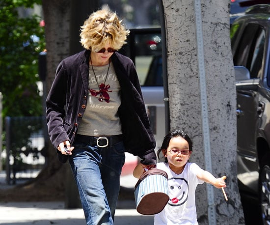 Photo Slide of Meg Ryan Picking Up Her Daughter Daisy From School