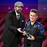 Juan Luis Guerra Presented Alejandro Sanz With a Huge Award