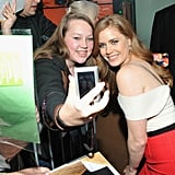 Amy Adams took pictures with fans.