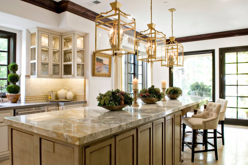 Real housewife vicki gunvalson 39 s kitchen popsugar home for Interior designs by vickie