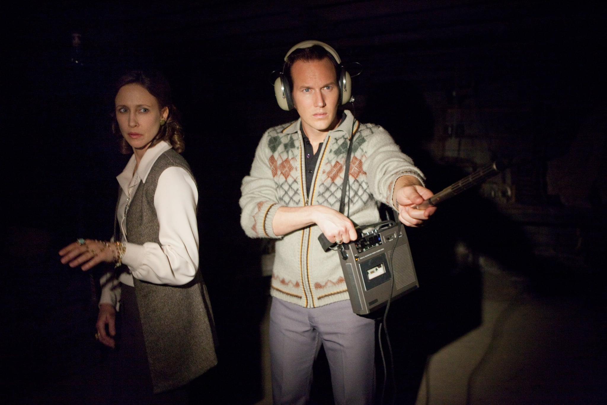 THE CONJURING, from left: Vera Farmiga, Patrick Wilson, 2013. ph: Michael Tackett/Warner Bros. Pictures/courtesy Everett Collection