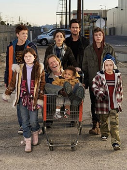 Pictures and Trailer for New US TV Show Shameless Based on British Series