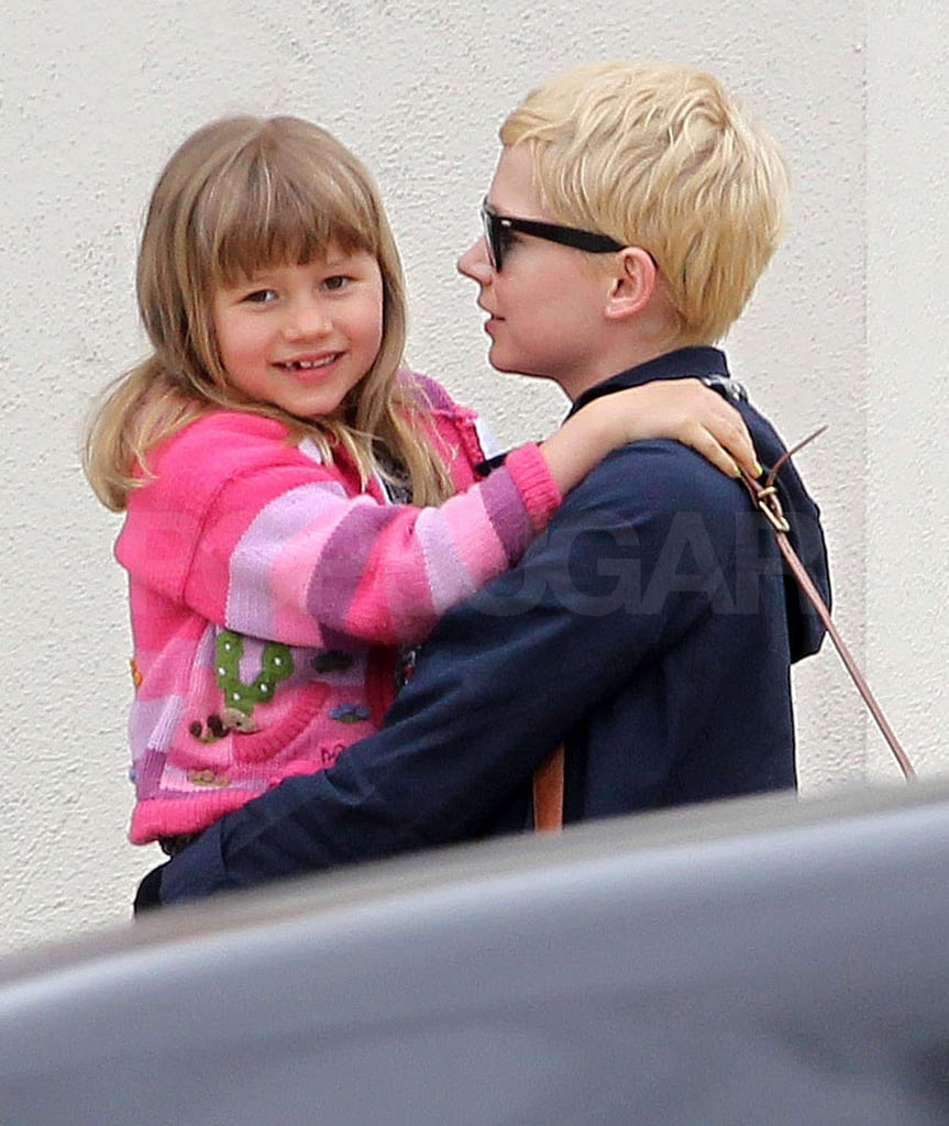 Michelle Williams gave Matilda Ledger a lift.
