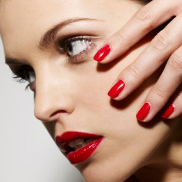 Five Simple Steps for a Long Lasting Manicure