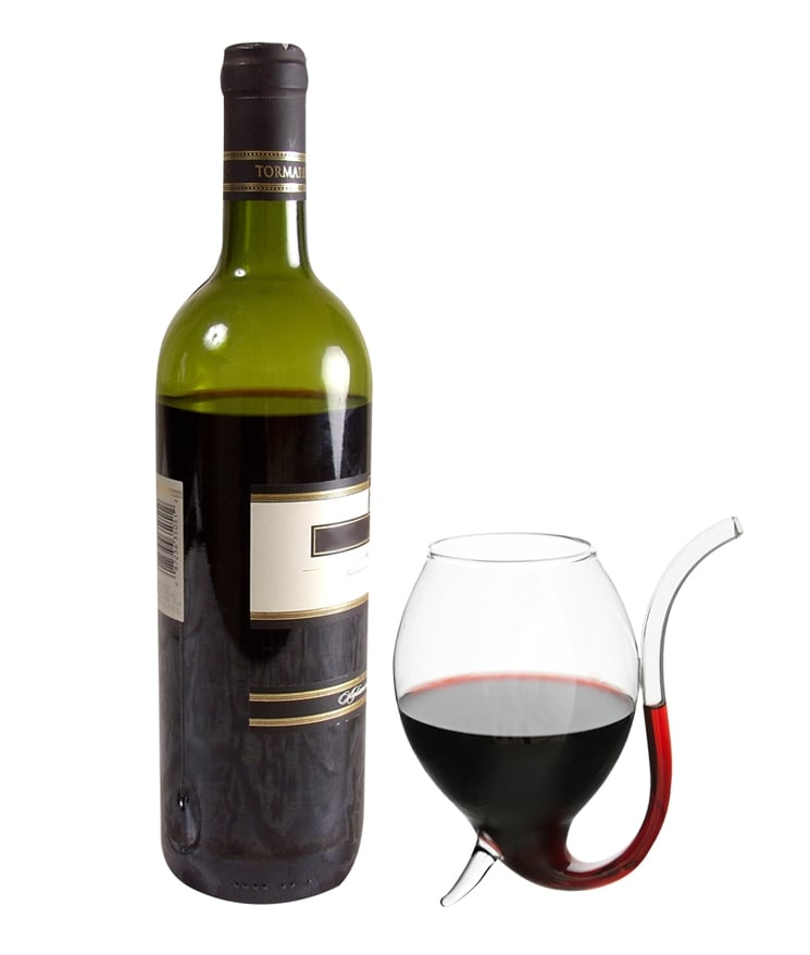 Red wine lovers always have one thing preventing