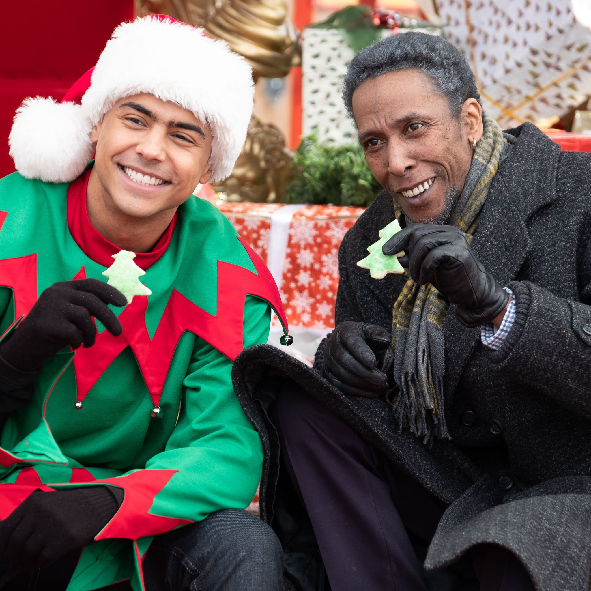 best holiday romantic comedies on netflix popsugar entertainment - Best Christmas Comedies