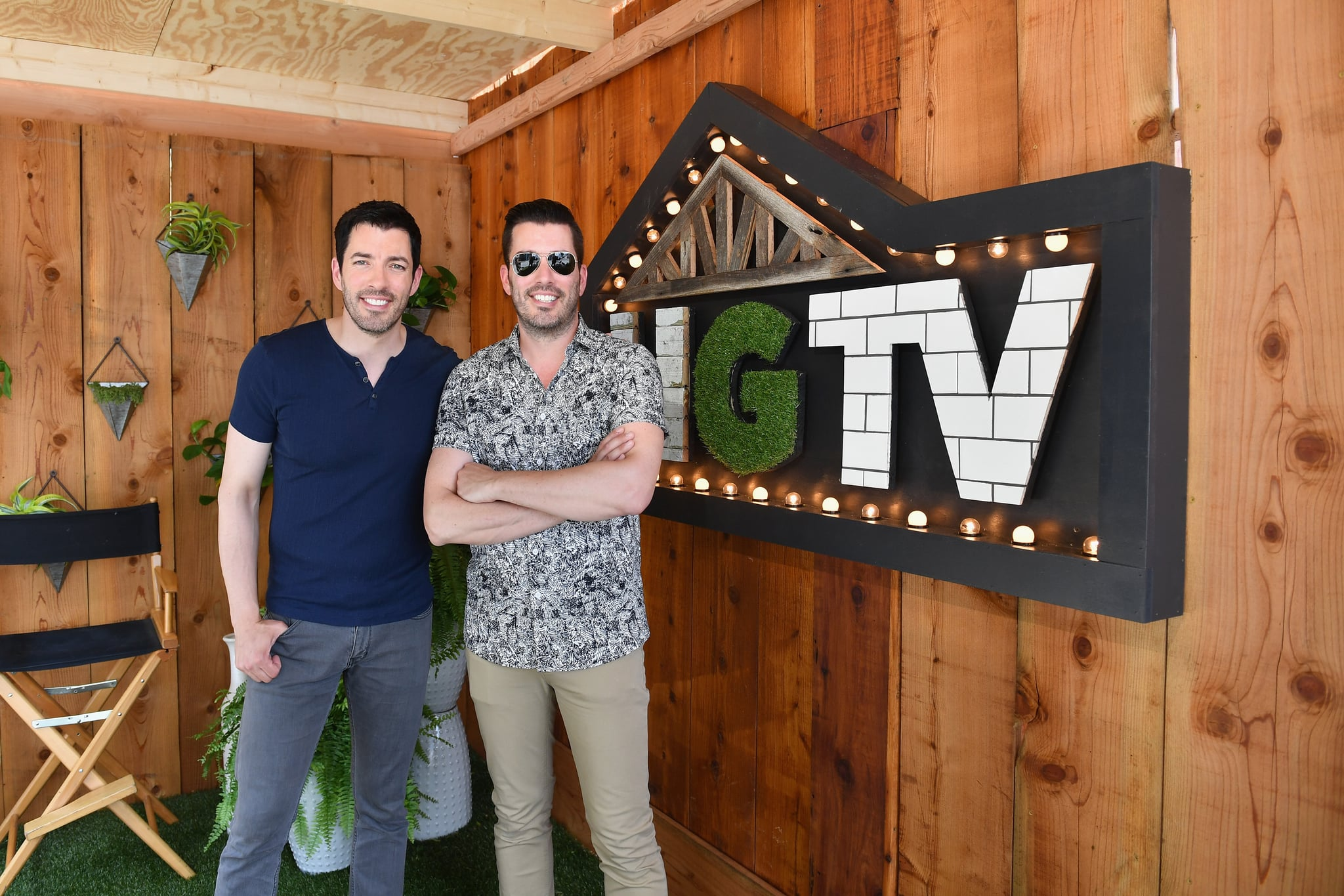 NASHVILLE, TN - JUNE 09:  The Property Brothers Drew Scott (L) and Jonathan Scott attend the HGTV Lodge at CMA Music Fest on June 9, 2018 in Nashville, Tennessee.  (Photo by Jason Davis/Getty Images for HGTV)