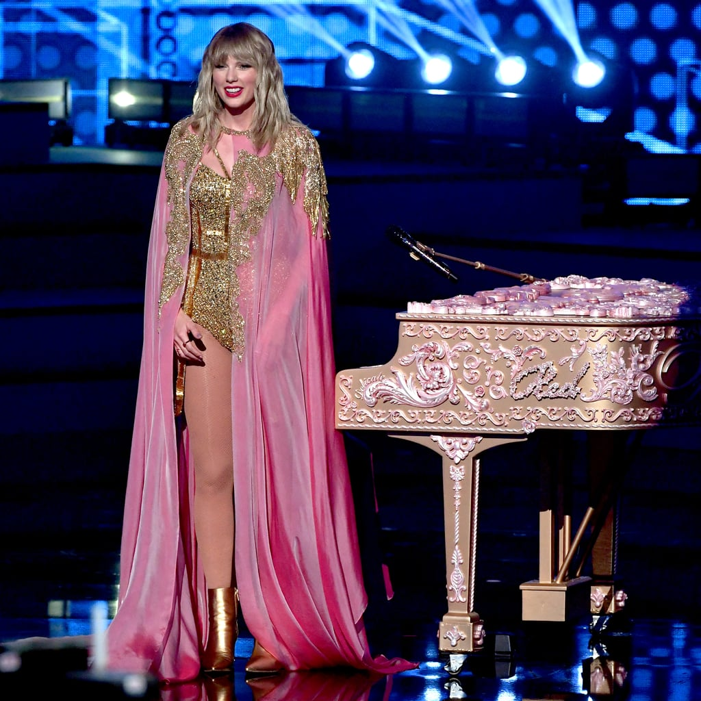 Taylor Swift's Speech at 2019 American Music Awards | Video