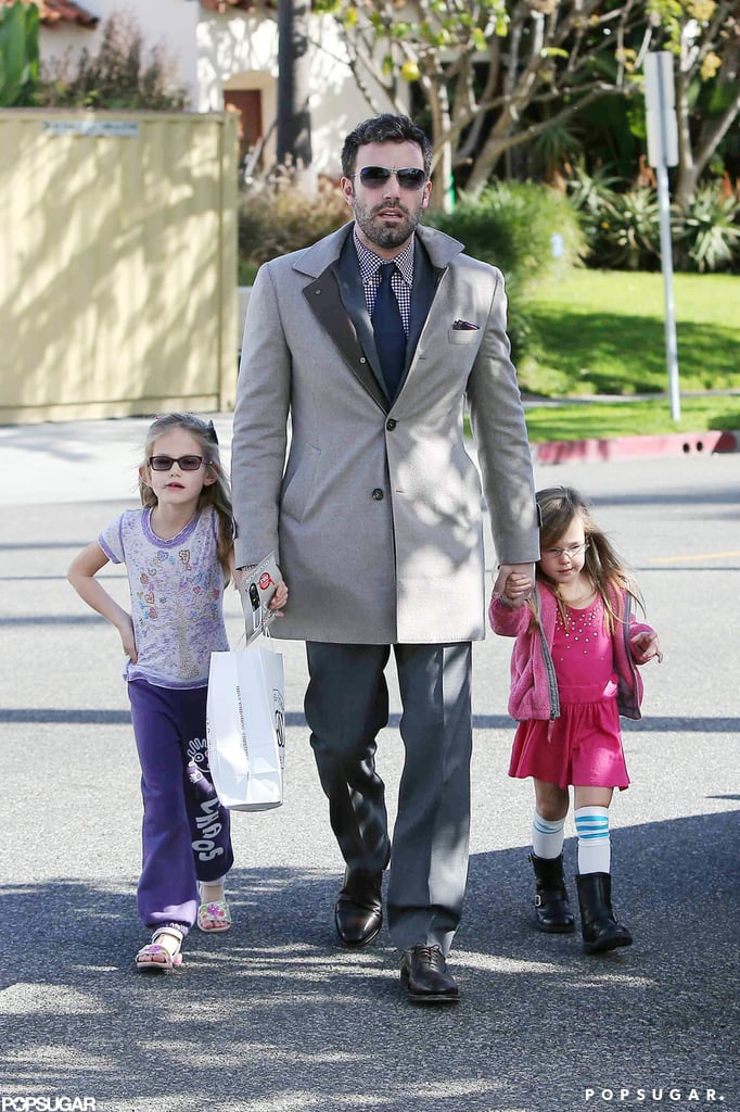 Ben Affleck and His Girls Make a Williams-Sonoma Stop