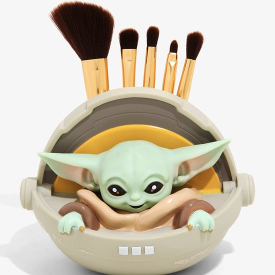 BoxLunch Baby Yoda Makeup Brush Set