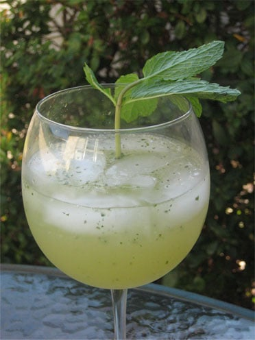 Happy Hour: Green Grape Sangria