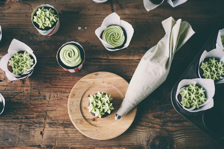 Chocolate Cupcakes With Matcha Frosting