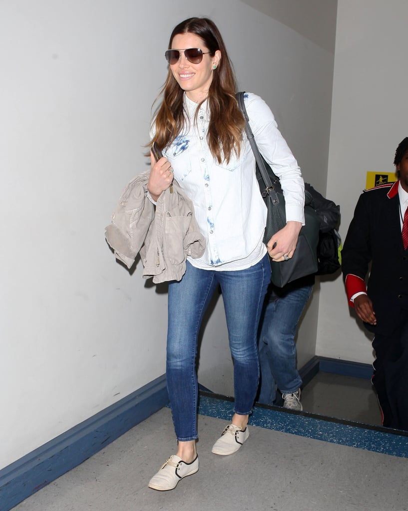 Jessica Biel jetted out of LA on Monday.