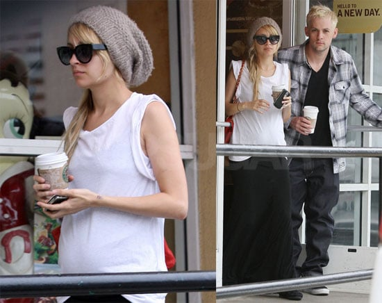 Photos of Nicole Richie and Joel Madden at Starbucks in LA