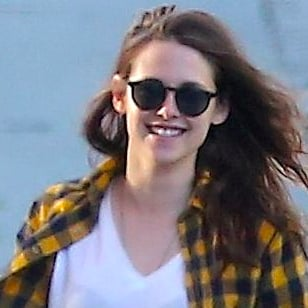 Kristen Stewart Buying Dog Food | Pictures
