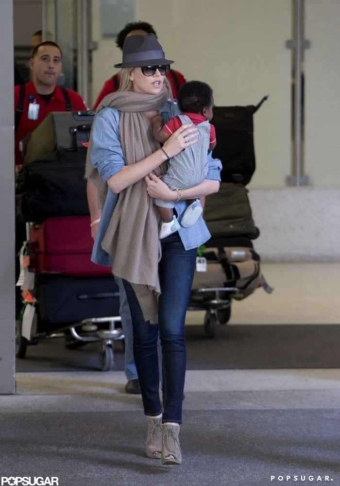 Charlize Theron and baby Jackson left LAX to head home.