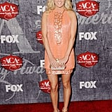 Carrie Underwood posed on the red carpet.