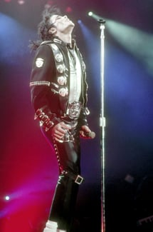 Michael Jackson's Death and Career Make Headlines in 2009 2009-12-07 14:30:14