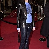 Julia split up leather separates with a vintage tee and square-toe boots at the LA premiere of The Mexican in 2001.