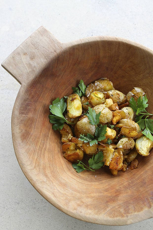 Smashed Potatoes With Garlic and Thyme