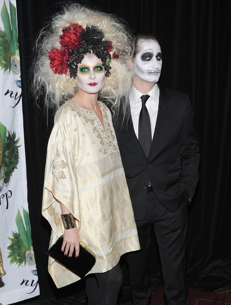 debra messing as a day of the dead ghoul | celebrity halloween