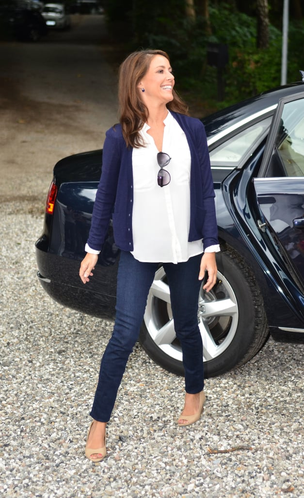 Marie Knows That Hanging Sunglasses From a Button-Down Is an Effortlessly Cool Move