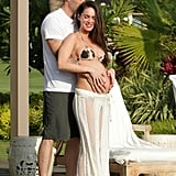 Pregnant Megan Fox posed in Kona with Brian Austin Green.