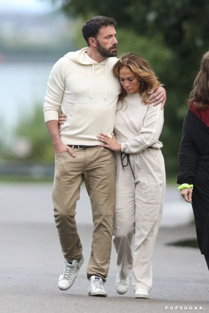 Jennifer Lopez and Ben Affleck Holiday in the Hamptons