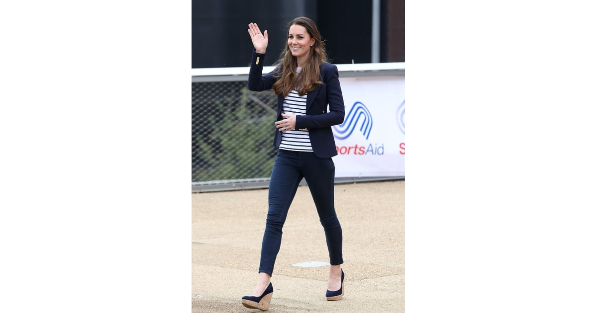 She Whips Out Her Jeans Kate Middleton Best Fall Outfits