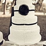Button-and-Lace Cake Design