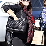 Jennifer Garner toted her Chanel bag after lunch at Tavern.