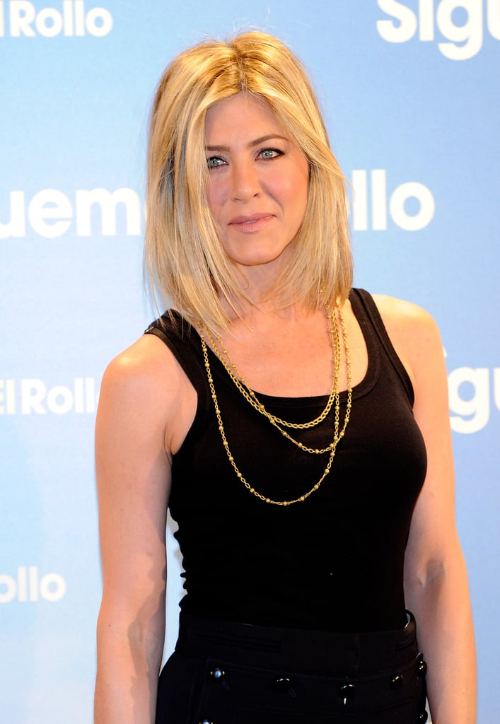 Pictures Of Jennifer Anistons New Haircut In Madrid 2011 02 22 06