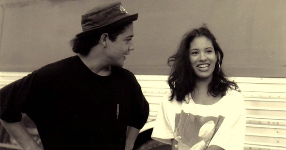 Selena Quintanilla and Chris Pérez's Love Story Is One of the Greatest of All Time.jpg