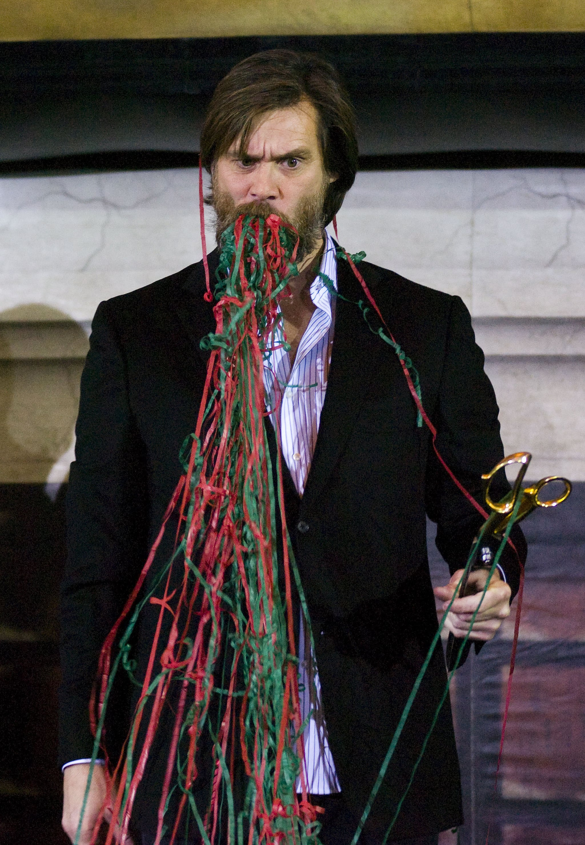 Photos of Jim Carrey and Jenny McCarthy in NYC for A Christmas Carol ...