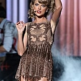 """Taylor Swift showed off a slew of crazy faces during her performance of """"Blank Space"""" at the AMAs."""