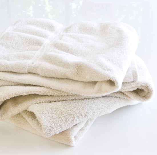 How to Naturally Whiten Towels