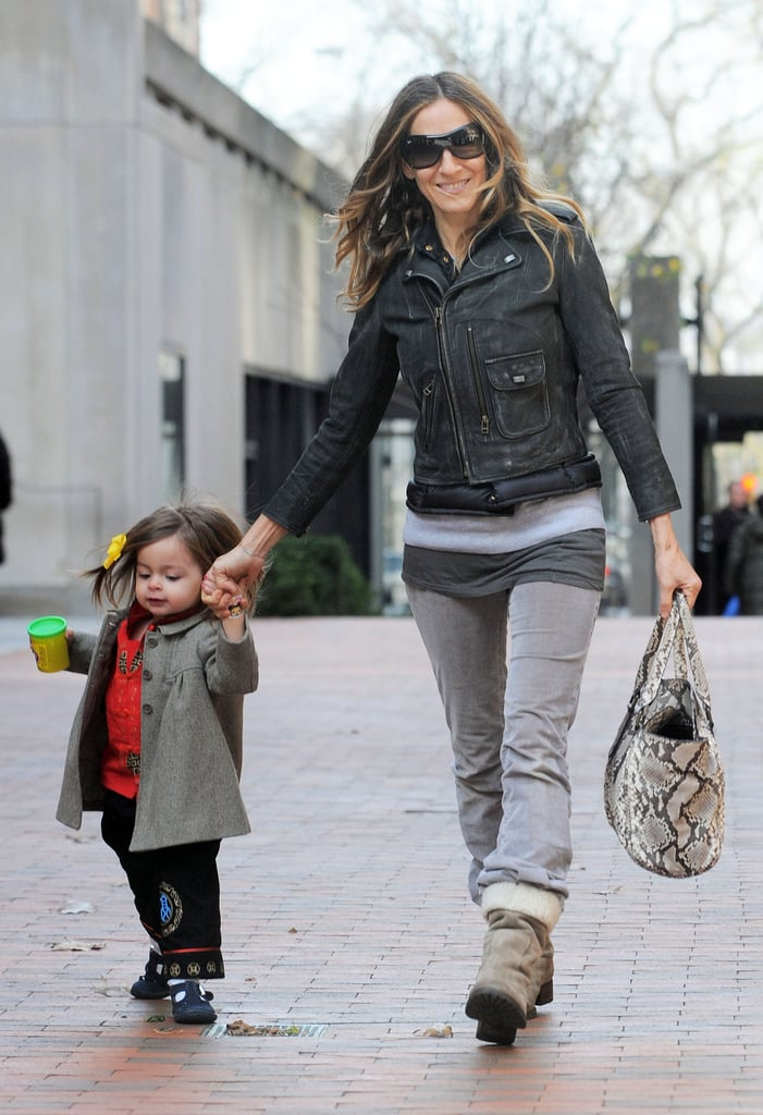 Sarah Jessica Parker held hands with little Tabitha.