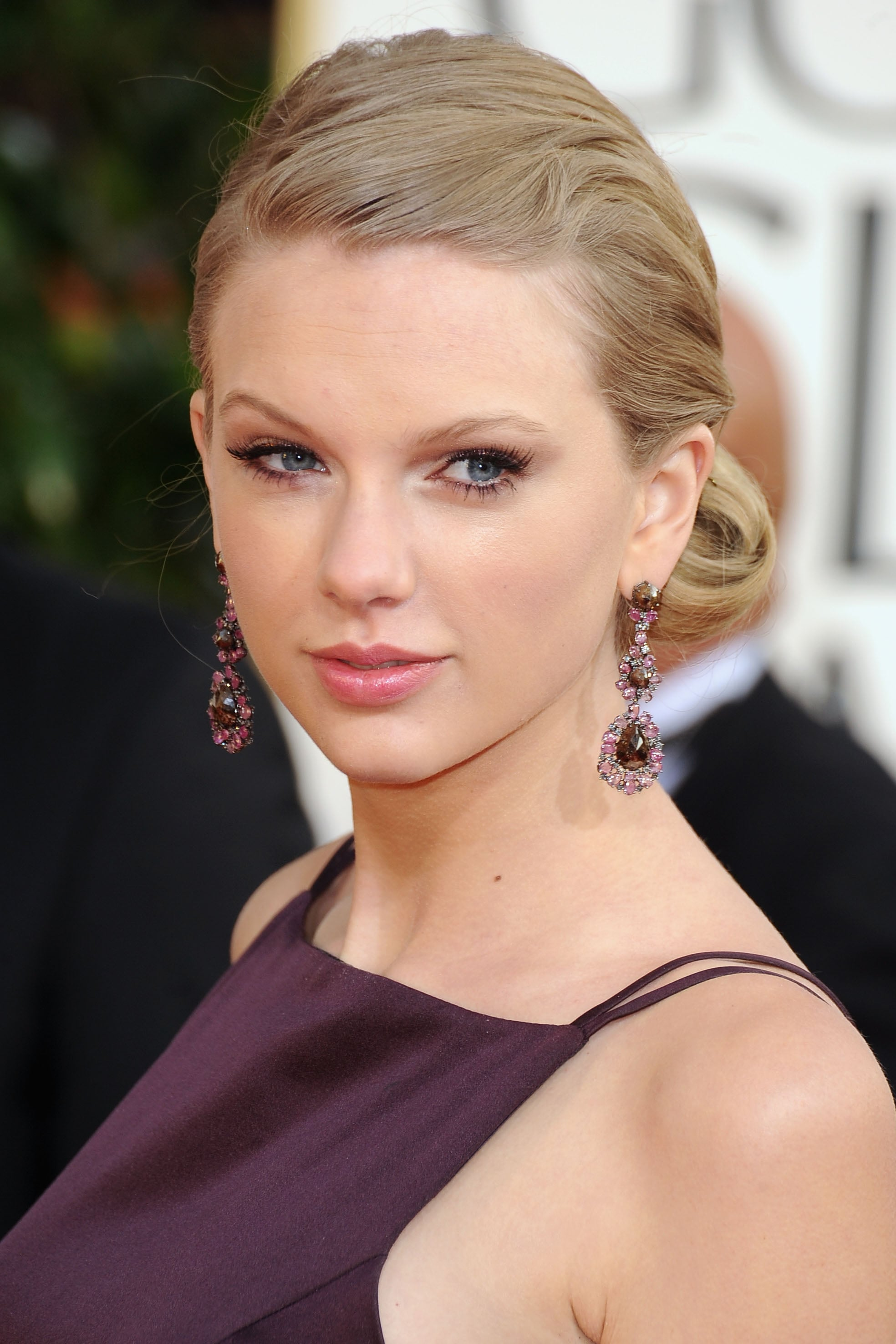Taylor Swift arrived at the 2013 Golden Globes.