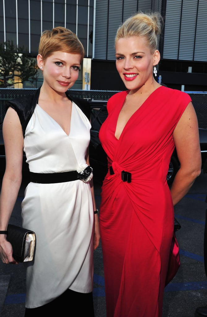 Michelle Williams and Busy Philipps were BFFs on the red carpet.