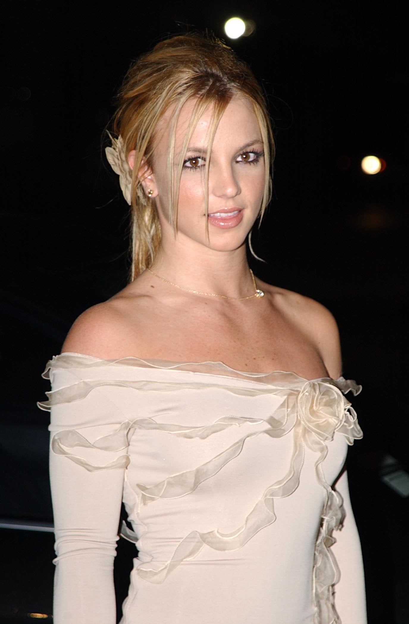 November 2002 | 80+ Pictures of Britney Spears That Are Straight ...
