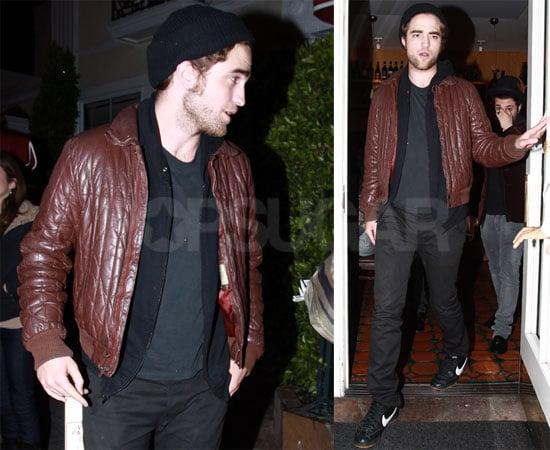 Robert Pattinson Dines at Il Sole