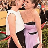 Sarah Paulson and Amanda Peet shared a giggle.