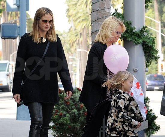 Slide Photo of Heidi Klum Holiday Shopping With Her Family