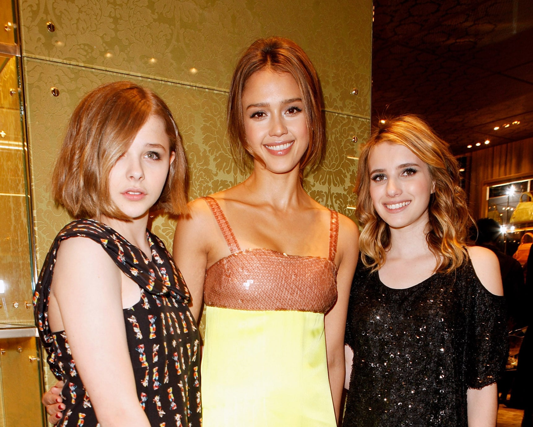 Emma roberts and friends in hotel lobby 3