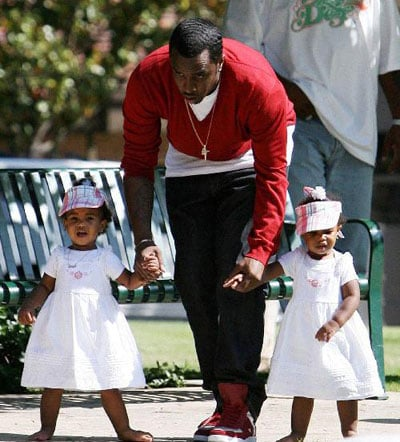 Diddy Plays with Twin girls D'Lila Star and Jessie