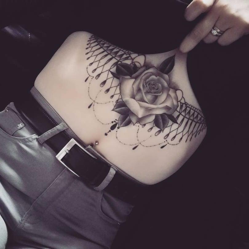f6b5398da Sternum Tattoo Ideas | POPSUGAR Beauty UK