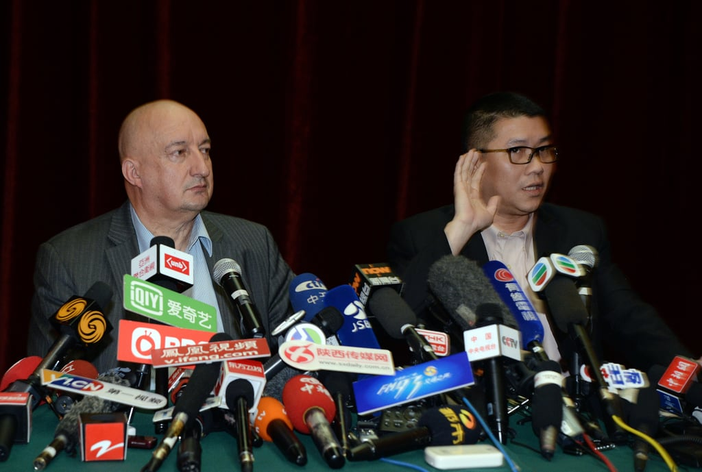Malaysian Airlines senior official Dr. Hugh Dunleavy and Ignatius Ong, a member of the airline's crisis management team, addressed the Chinese media on Sunday after arriving in Beijing to provide answers to concerned families.