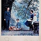 . بطاقة من الملكة، 1957